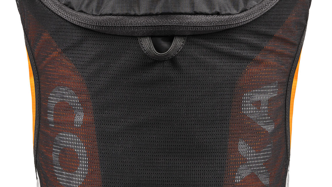 Coxa Carry  – Recension